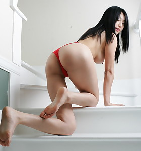 Hot oriental wet butt and bubble butt babes