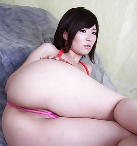 Sexy asian soaked ass and juicy butt women